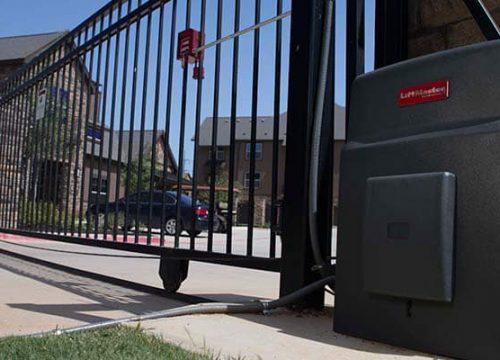 L585 Slide Gate